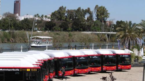 Los autobuses de Tussam llevarán cámaras para reforzar la seguridad